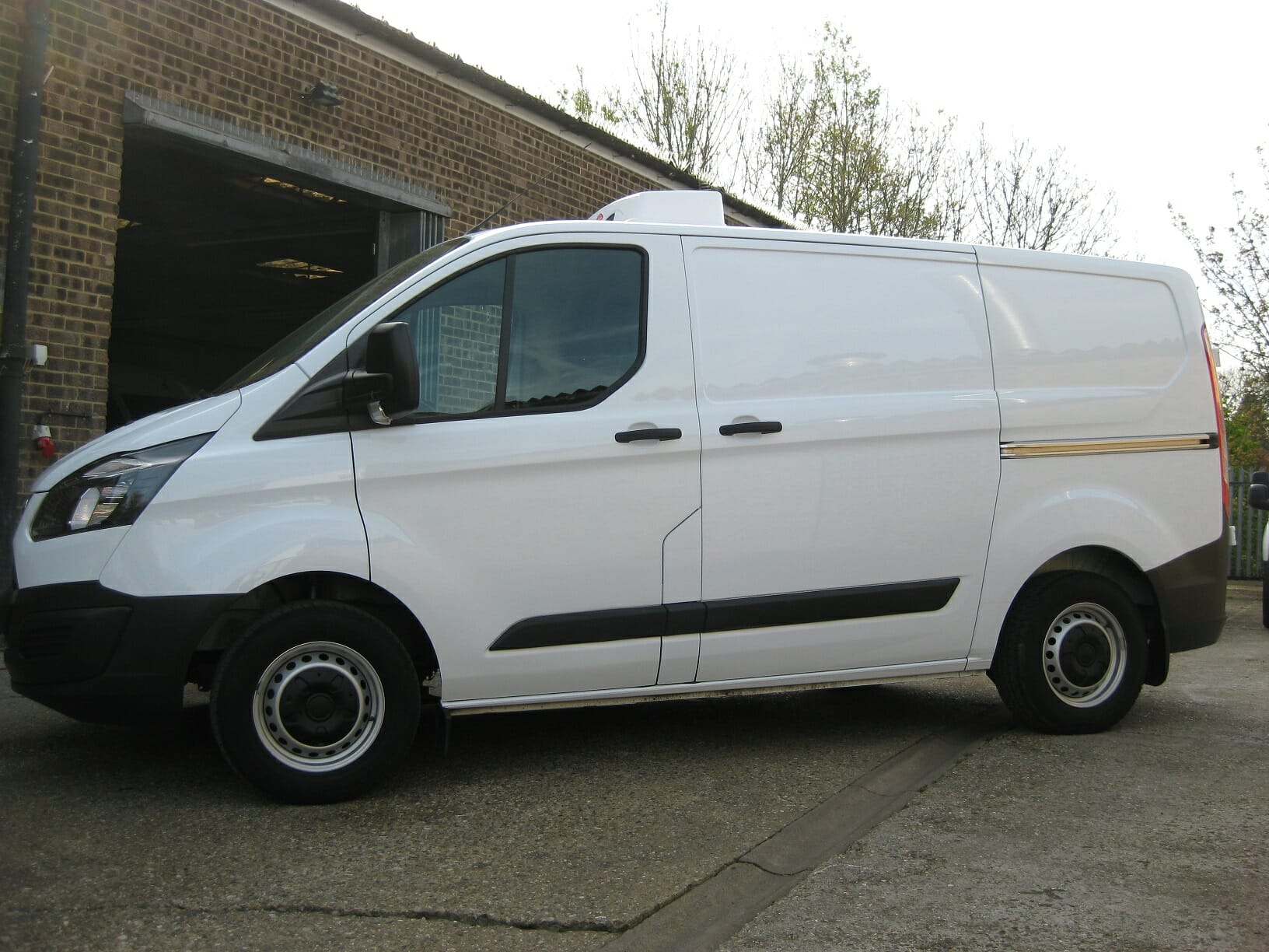2019 Ford Transit Custom 300 L1 H1 105ps Euro 6 Freezer Van For Sale
